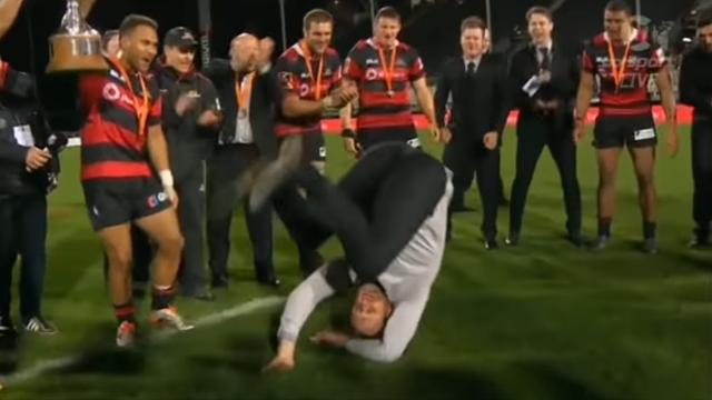 Crusaders : Robertson remet sa breakdance